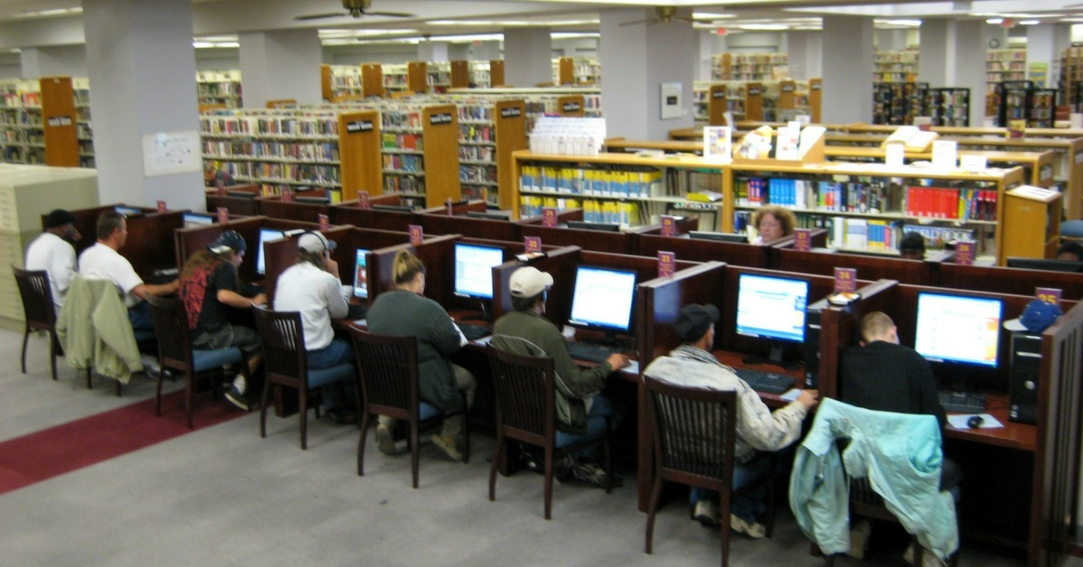 Computer lab in library.jpg